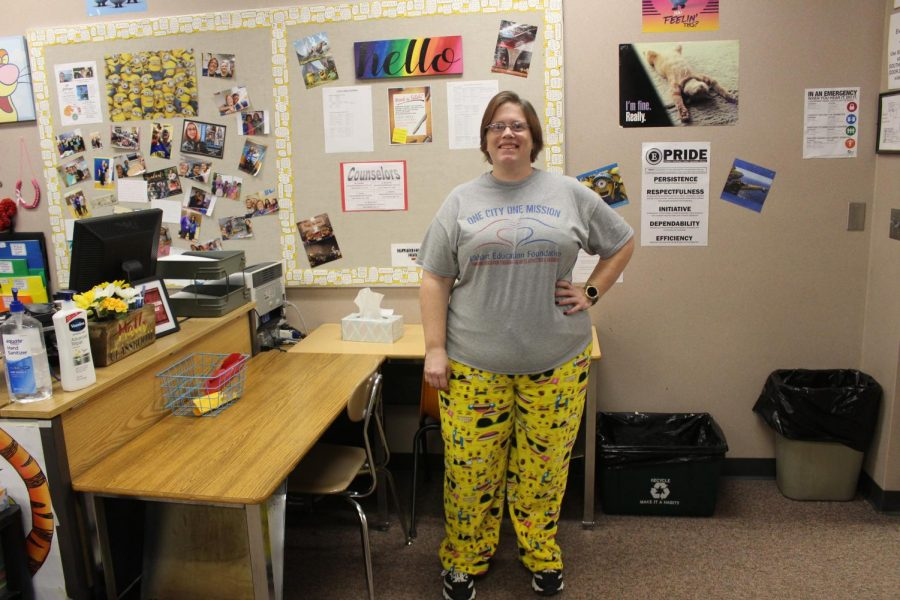 Math teacher Jennifer Lemunyon poses for a picture on Wednesday, Jan. 22 for lazy day.