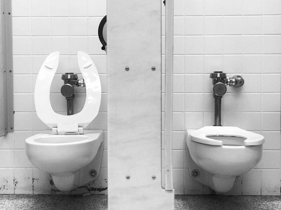 Current bathroom rules at Memorial often force students to go long periods of time without relieving themselves.