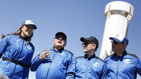 William Shatner Boldly Goes Where No 90-Year-Old Has Gone Before: SPACE